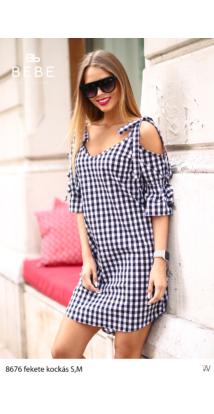 ruha 8676 fekete kockás
